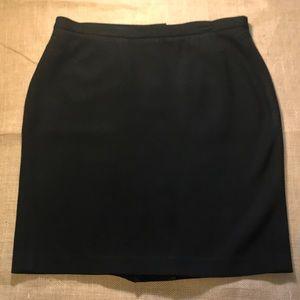 Ann Taylor LOFT Black Skirt - great condition